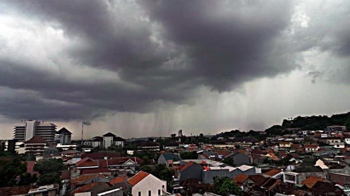 Prakiraan Cuaca BMKG 33 Kota, Kamis 30 April 2020: 8 Wilayah Berpotensi Hujan Petir
