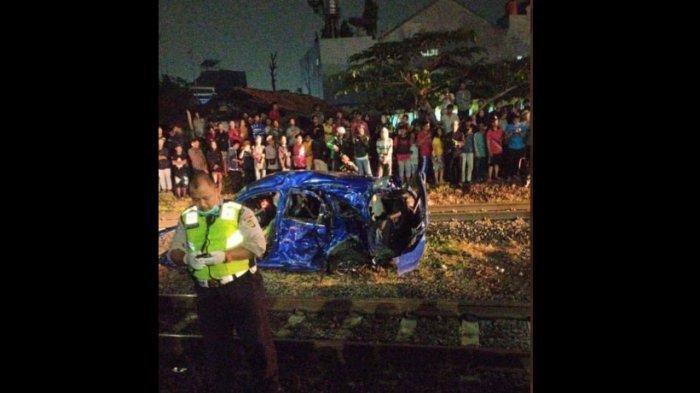 Tewas Tersambar Kereta Bersama 5 Saudaranya di Cibitung, Suami Istri Ini Baru Lima Bulan Menikah