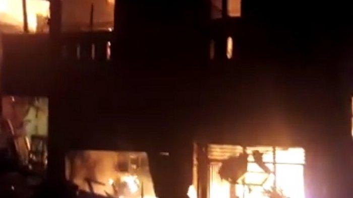 Sempat Ada Suara Letupan Rumah Hangus Terbakar & Rugi Rp 40 Juta Ditinggal Panen Kacang